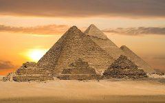 historiadoresyelbicentenario-Pyramid of Giza